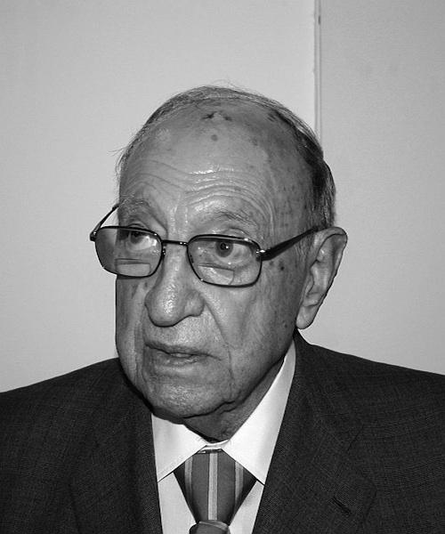 Guillermo Tena Núñez